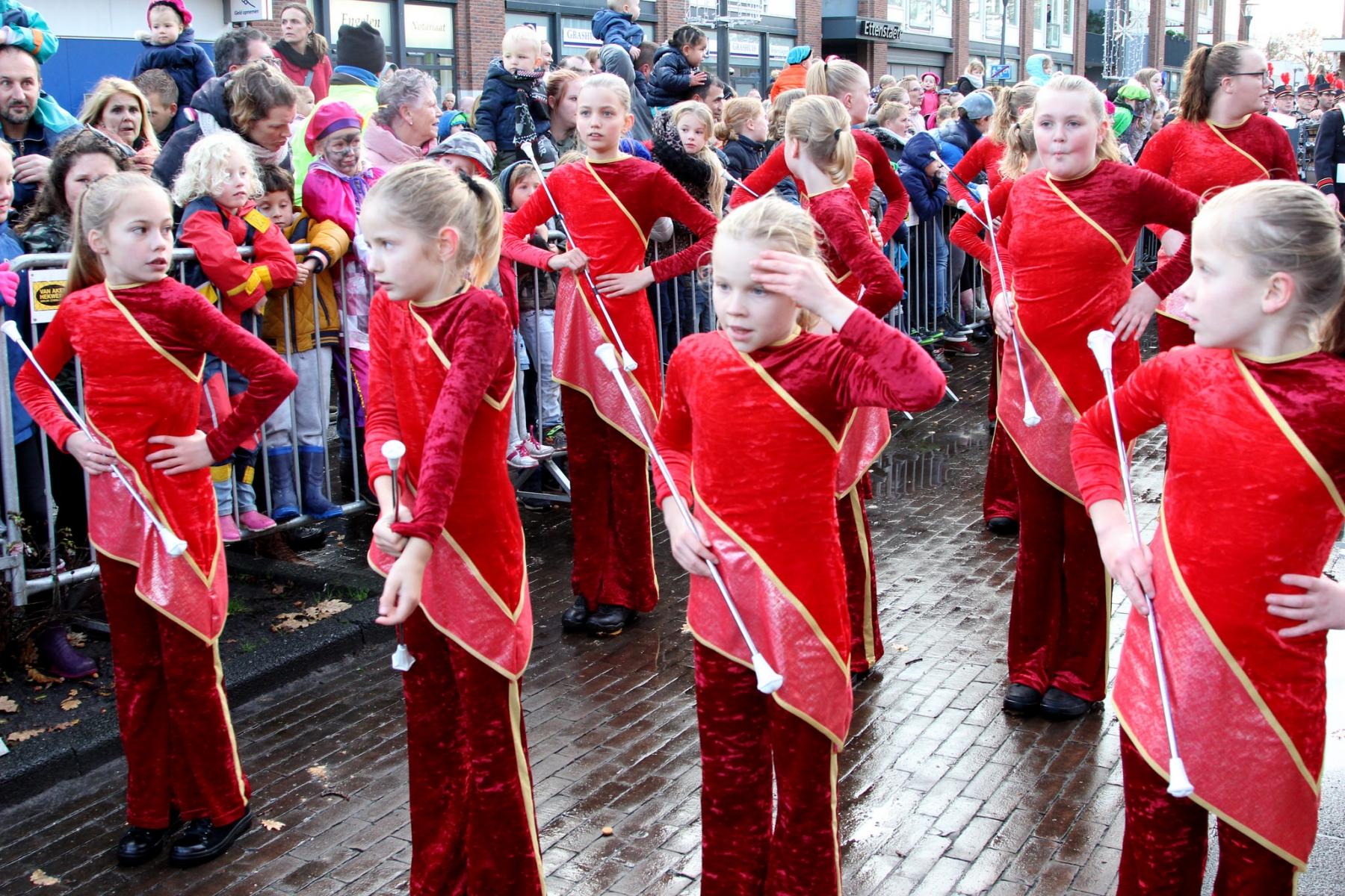 zaak 1314181 - chr muziekvereniging amdg beilen-majorettes bij sint intocht